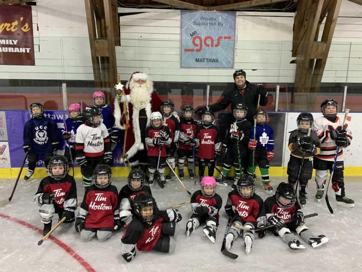 Santa Skate for Mattawa Minor Hockey was a hit!